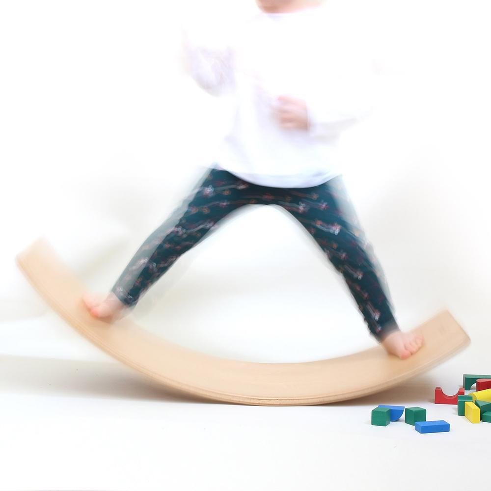 PLACĂ CURBATĂ - balans și echilibriu
